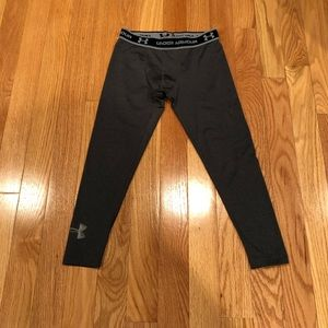 Boys Under Armour size lg cold gear pants